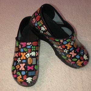 Sanita shoes clogs